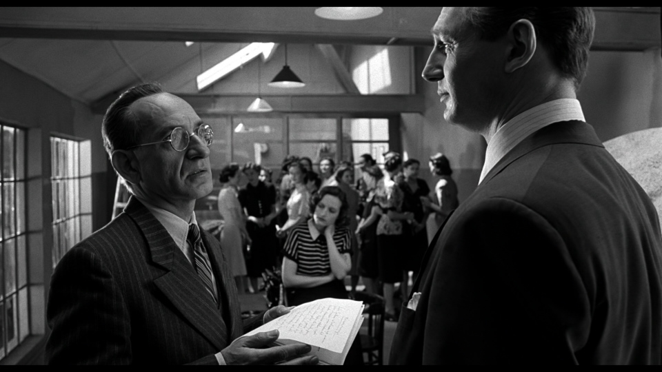 960__schindlers_list_blu-ray_02_